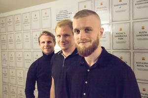 Viktor Nordin, Jonathan Hellström och Marcus Hägg ingår i kärnan på Sandvikens kommuns integrationsenhet som raggar jobb åt utrikesfödda i kommunen.