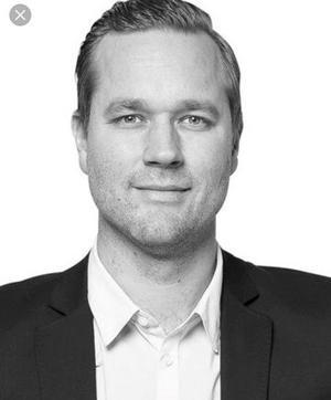 För fyra år sedan frågade Jens Bergenström Borlänges politiker om Tunets bad skulle vara kvar. Tre partier svarade nej, fem svarade ja. Nu har majoriteten beslutat att lägga ner badet.Foto: Patrik Persson