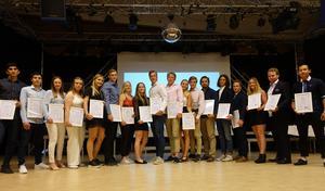 Den första galan för idrottselever på Lugnet- och Kristinegymnasiet i Falun hölls på torsdagskvällen. Här är några av deltagarna, som tilldelats olika priser.