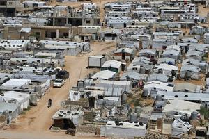 Min övertygelse är att framtiden ligger i att hjälpa människor på plats. Använda biståndet till det som det är ämnat till och återgå till en klassisk restriktiv socialdemokratisk migrationspolitik, skriver Jan Emanuel Johansson. Foto: Bilal Hussein, TT.