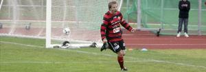 Kristoffer Rådås skriker ut sin glädje sedan han gjort 2-1 mot Gamla Upsala.