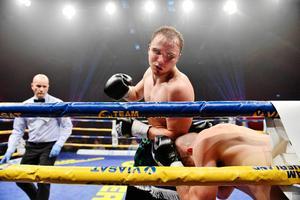 Rocco Wadell under en boxningsgala i sporthallen i Sundsvall.