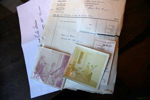 Kvitton och bilder på Slipstenarna.