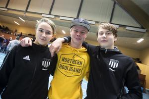 Nellie Florentin, 17 år, tävlar för Sandvikens BK, William Haga, 14, tävlade tidigare för samma klubb och Viktor Bernardsson, 14, Sandvikens BK.
