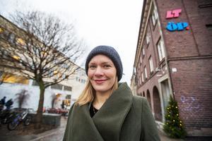 Lovisa Arvidsson berättar att hon vill utveckla den digitala opinionsjournalistiken och vistas mycket utanför redaktionens väggar.
