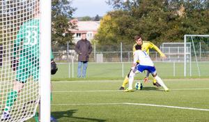 I första halvlek lyckades inte Rijad Babovic göra mål, men han hade flera chanser. Däremot i andra halvlek gjorde han mål.