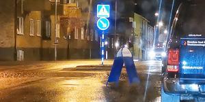 Gatupratare på promenad. Foto: Josefine Kullenberg