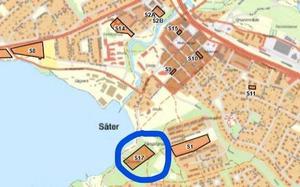 Längst ner i mitten på kartan märkt nummer 17 ligger det aktuella området. De övriga numrerade områdena är några av andra ställen i Säter  som kommunen anser att man i framtiden kan bygga på.