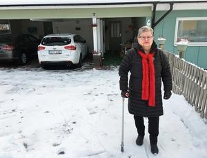 Mona Rodling försöker leva ett aktivt liv trots att hon lider av artros.