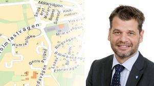 Telge bostäder vill bygga nya lägenheter i Västra blombacka. Trycket på bostäder är högt med 35 000 personer i bostadskön just nu, berättar Ponrus Werlinder, fastighetschef. Foto: Telge bostäder