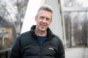Ulf Stålberg, gatuchef i Ovanåkers kommun, är inte så säker på att den nya lagen kommer att leda till skräpigare gator och torg.