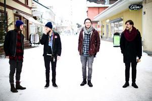 Lé betre från Leksand är ett av banden som är med i årets Garage.