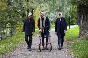 Isac Tencic, William Gidlund och Pontus Lund är tre Sundsvallskillar som utvecklat rollatorbroddar. I oktober i år lanserades produkten.
