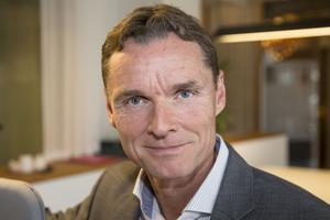 """""""Tillväxten står möten, alltså konferenser och stora möten, för. Teknik i all ära, men här handlar det om att vara personlig, ta kunden i handen och ge trygghet"""", säger Thomas Lütje."""