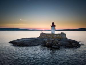 En fin solnedgång tillsammans med vår fina fyr. Foto: Fredrik Näslund