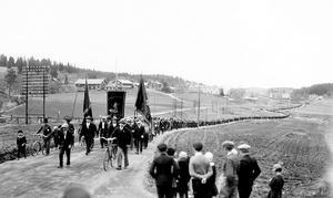 Den klassiska bilden på demonstrationståget på väg mot Lunde.