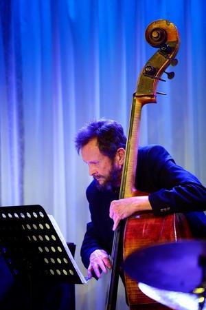 CBQ Contemporary Bebop Quintet Stefan Isaksson tenorsaxofon, Ulf Adåker trumpet, Göran Strandberg piano, Ivar Lindell bas, samt Gilbert Matthews trummor.