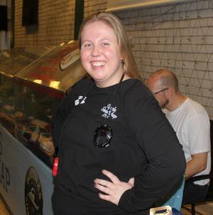-Jag älskar tävlingarna här i Bollnäs, det är så hemtrevligt och man känner sig verkligen välkommen, säger Saga Söderberg, tränare från Upsala Simsällskap Foto Anders Schön