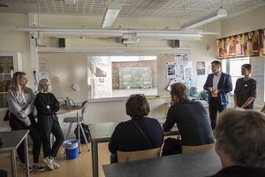 Elever visade bilder från Auschwitz på Lorensbergaskolan i Ludvika.