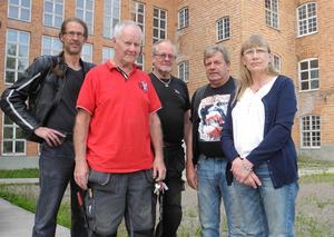 Sågmyra Event  (från vänster: Chrestian Willhans, Roger Snarf, Steve Snarf, Roland Ohlsson och Kersitn Wnger) bjuder in ungdomar till epa-träff vid det gamla fabriksområdet i Sågmyra den 16 juni.