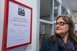 """Marianne hade aldrig en tanke på att hon kunde få det förnämsta företagarpriset i Jämtland län, Sven O Perssons hederspris för föredömlig företagargärning. Men så skedde vid Guldgalan 2018. """"Det är som ett jämtländskt nobelpris"""", säger hon."""