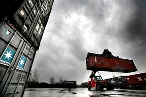 Bilden är ifrån ASG-terminalen tidigt 2000-tal. Då var området fortfarande ett logistiknav i Örebro med omlastning av containrar. För framtiden väntar andra planer.