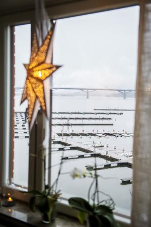 Nettan och Fredrik vill byta ut utsikten över Sundsvallsfjärden mot Borgsjön.