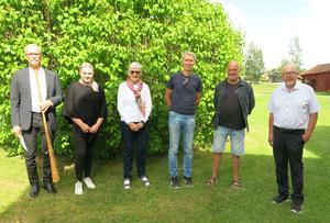Stipendiaterna från vänster: Bengt Olerås, Malin Johansson, Karin Simes, Bo Söderlund, Peter Flink, samt Hans Otto Jönsson, Fjerdsmesstiftelsen.