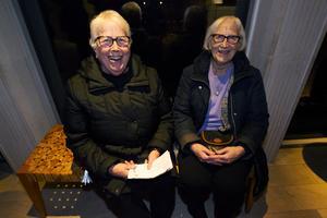 Systrarna Kerstin Högberg-Björk från Ljusdal och Gunnel Burman från Gävle.