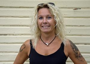 Annica Magnusson på Alnö tycker inte att man ska tveka att söka läkare om man upptäcker avvikande födelsemärken.