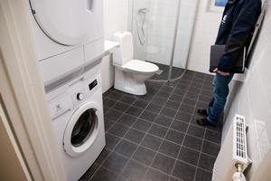 Standarden är hög i lägenheterna som har egen tvättmaskin och torktumlare samt så kallad komfortgolvvärme i badrumsgolvet, det vill säga ett komplement till elementet som kan slås på om hyresgästen önskar det.