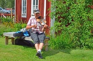 Håkan Örberg brukar besöka Norrbostämman varje år. Han såg fram emot buskspelet senare under kvällen.
