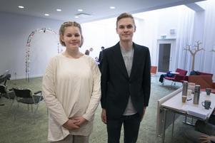 Klara-Linn Frisdalen och Herman Olsbo spelar ett par som ska gifta sig, men Klaras karaktär Anna får kalla fötter.