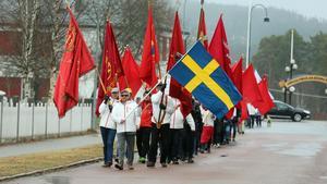 Närmare 60 personer deltog när S och V arrangerade Förstamajtåg tillsammans i Sveg.
