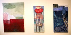 Våtmark, Röd krage och På väg. tre målningar av Gudrun Westerlund i Orsa konsthall.
