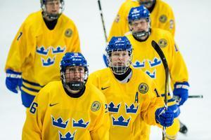 Pernilla Winberg får högsta betyg av Adam Johansson efter matchen mot Korea. Bild: Jon Olav Nesvold/Bildbyrån