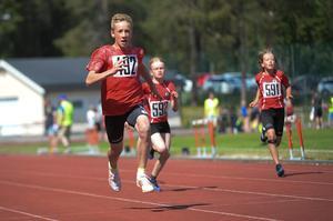 Henning Ehn vann sitt heat på 60 meter utan problem.