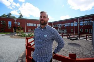 Jan Lindgren är rektor och ansvarig för skolan i Viksberg.