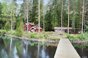 Fritidshuset Alten 50 i Mockfjärd, Gagnefs kommun, är ett av de mest klickade dalaobjekten på Hemnet under vecka 32.