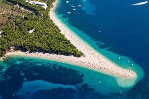 Zlatni Rat Beach i Kroatien ändrar hela tiden form.