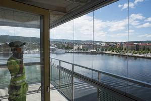 En lämplig plats för ett minnesmärke för kvinnosakskämpen Stéenhoff är Norra kajen, anser skribenten.