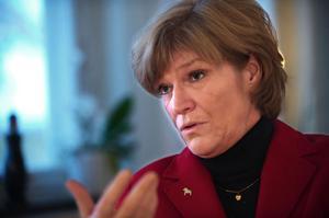 Landshövding Maria Norrfalk beklagar kritiken från Jägareförbundet.