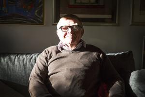 Nisse Simonson, 74 år gammal och ständigt aktuell.