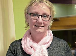 Det räcker inte att satsa på lärare och förskollärare, menar Anki Rooslien. Skolpersonalen behöver också stöttning av chefer. Därför vill hon anställa fler rektorer.