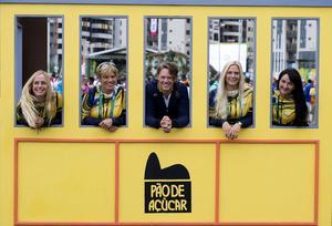 Det svenska laget i fältrytt inleder sitt tävlande i Deodoro under OS i Rio de Janeiro första tävlingsdagen efter invigningen. Från vänster Sara Algotsson, Anna Nilsson, Ludwig Sverrerstål, Frida Andersén från Hofors och reserven Linda Algotsson som nu hoppar in istället för Anna Nilsson.