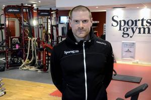 Erfarne personlige tränaren Thomas Näsholm har stött på problemet med personer som tränar sjukligt mycket, men han tycker inte att det är något stort problem.