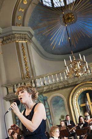 Anneli Björklund sjöng What a Wonderful World