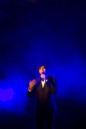 Andreas Giri Lundbergh sjöng O helga natt.