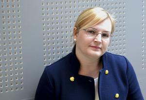 Kammaråklagare Christina Edlund Nilsson är förtegen om omständigheterna kring brotten.