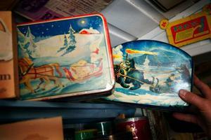 Till jul såldes det kaffe i vackra burkar som oftast sparades och blev till kakburkar i hemmen.
